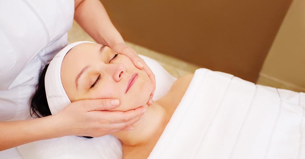 Os benefícios da massagem facial